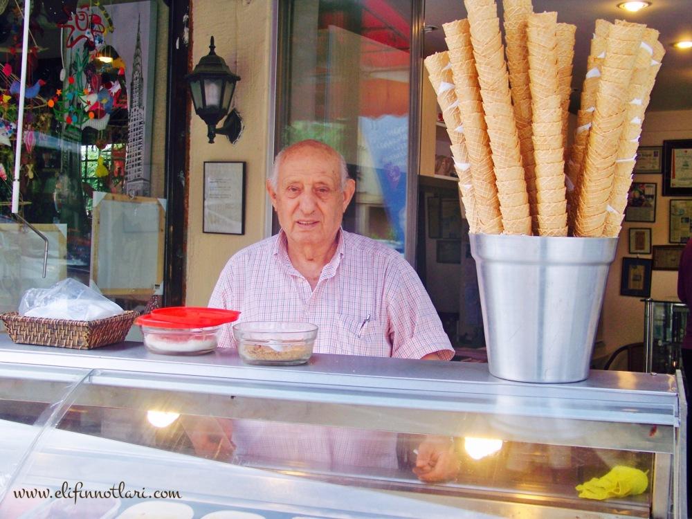 Bir Dondurma Ne Kadar Güzel Olabilir Ki?!..