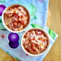 >Kırmızı Biberli Yoğurtlu Salata