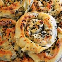 >Ispanaklı Gül Böreği