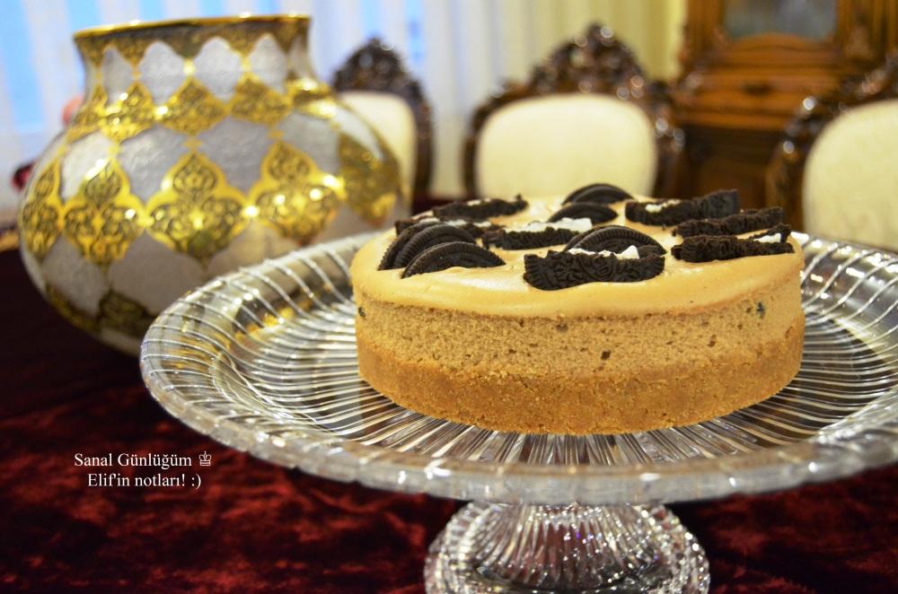 Oreo Bisküvili ve Vanilyalı Cheesecake