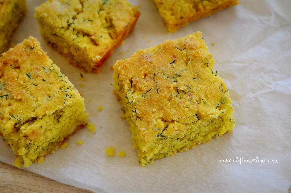 Beyaz Peynirli ve Dereotlu Mısır Ekmeği