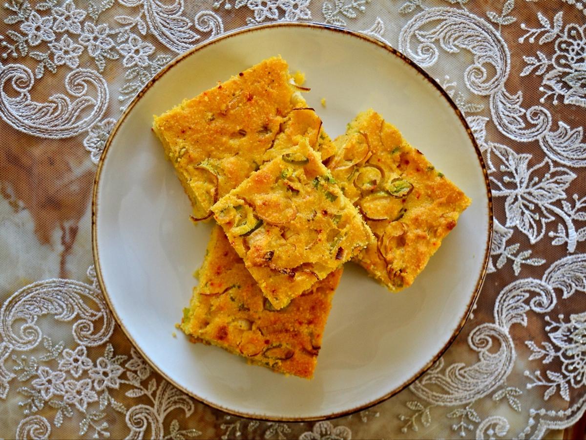 >Pırasalı Mısır Ekmeği