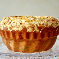 >Bademli Kek